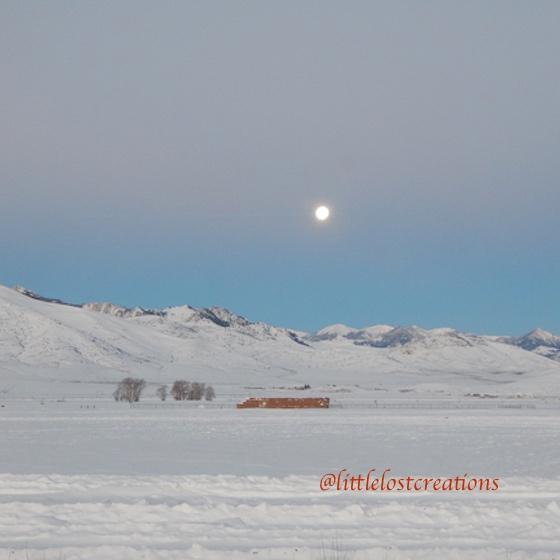 Moon in Lost River Valley